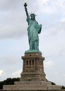 255px-Statue_of_Liberty_7